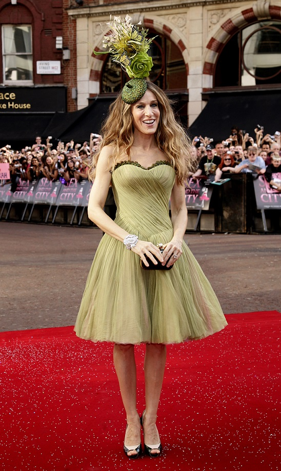 Sarah Jessica Parker arrives for the world premiere of Sex and the City at the Odeon West End Cinema, Leicester Square, London.